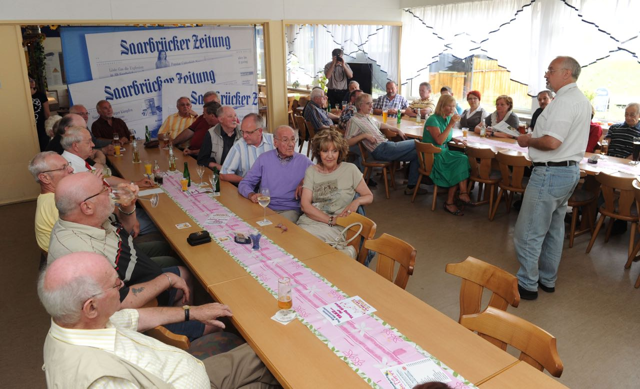 SZ-Ortsgespräch in Herrensohr (TuS-Halle). Foto: Iris Maurer